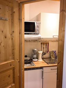 Küche in den Ferienwohnungen Forelle